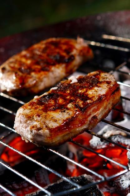 Świeży stek z grilla z peper Darmowe Zdjęcia