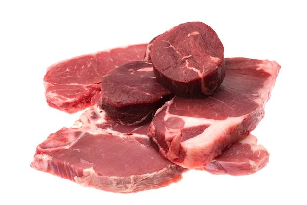 Świeży Surowy Wołowina Stek Odizolowywający Premium Zdjęcia