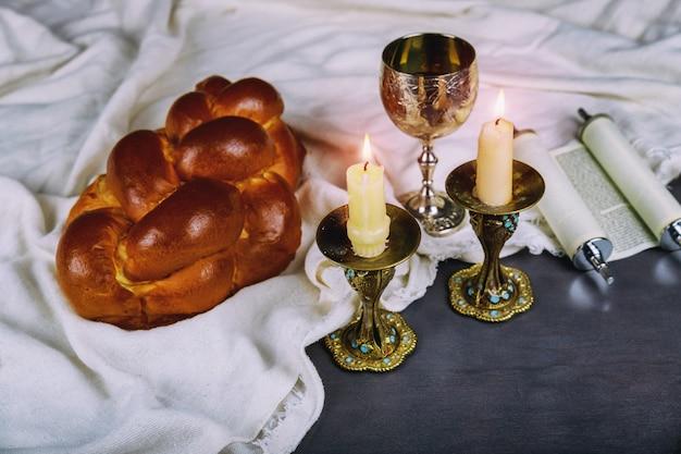 Szabat szalom - tradycyjny żydowski rytuał sabatu Premium Zdjęcia