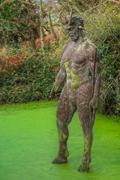 Szatańską dziura statua hdr Darmowe Zdjęcia