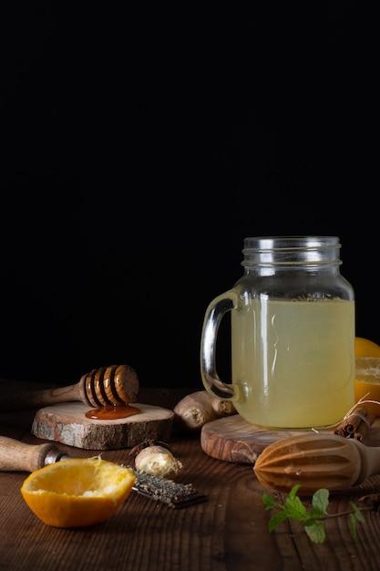Szczegół Domowej Roboty świeża Lemoniada Z Miodem Darmowe Zdjęcia