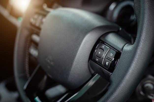 Szczegół nowy nowożytny samochodowy wnętrze Premium Zdjęcia