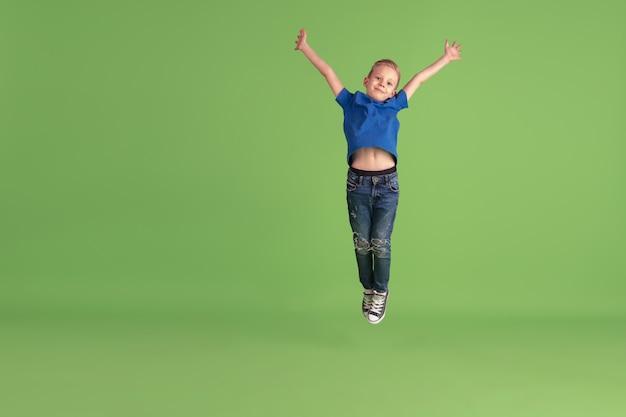 Szczęśliwe Dziecko Gry I Zabawy Darmowe Zdjęcia