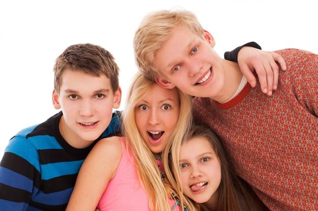 Szczęśliwi Bracia I Siostry Razem Darmowe Zdjęcia