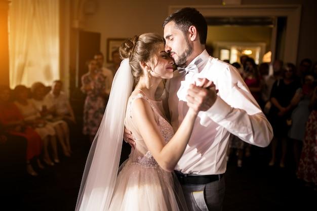 Taniec Para ślub Darmowe Zdjęcia