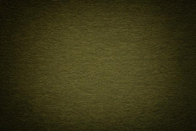 Tekstura Stary Ciemnozielony Papierowy Tło, Zbliżenie. Struktura Gęstego Głębokiego Niebieskawego Kartonu. Premium Zdjęcia