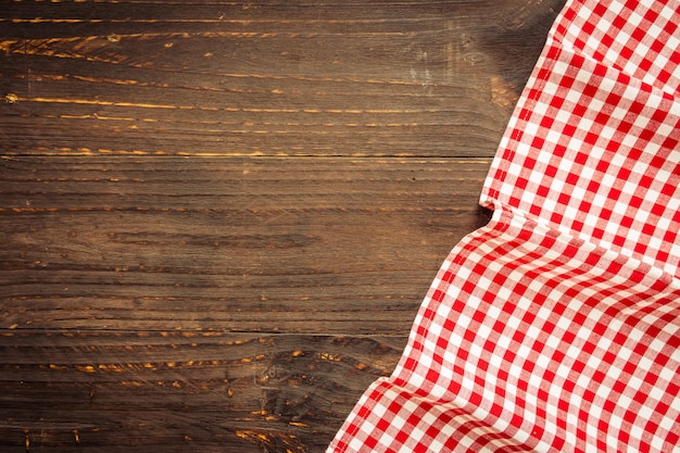 Tkaniny kuchenne na stół z drewna Darmowe Zdjęcia
