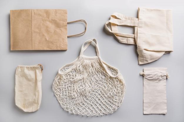 Torby papierowe, bawełniane i siatkowe do zakupów bez odpadów Premium Zdjęcia