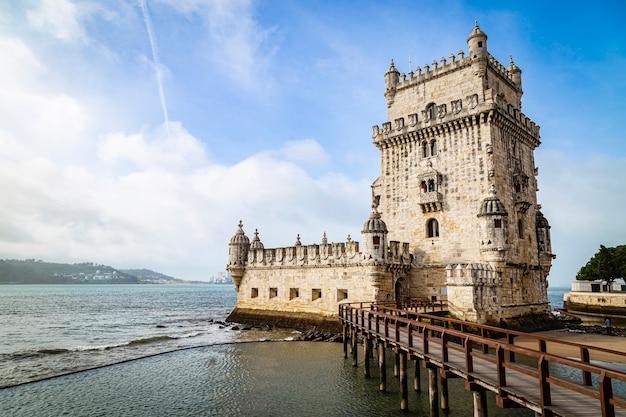 Torre De Belem W Portugalii, 12 Listopada 2019 R Premium Zdjęcia