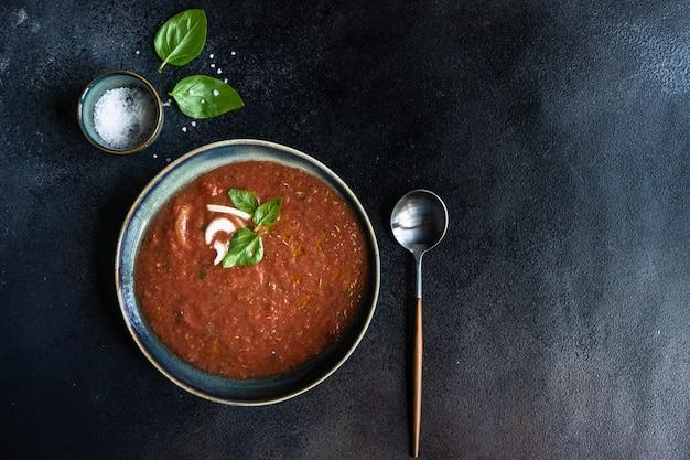 Tradycyjna Hiszpańska Gazpacho Zupa Premium Zdjęcia