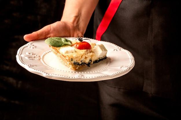 Tradycyjne Greckie Ciasto Ze Szpinakiem Premium Zdjęcia