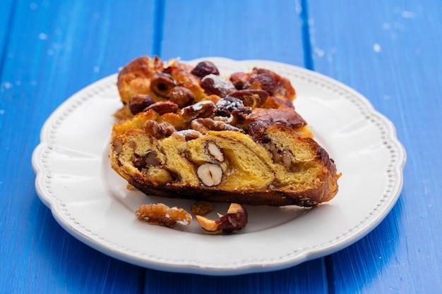 Tradycyjne Portugalskie Ciasto Bolo De Rainha Premium Zdjęcia