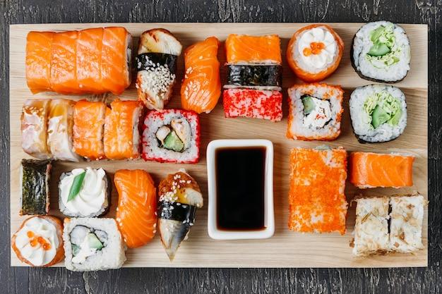 Tradycyjny Japoński Układ Sushi Darmowe Zdjęcia