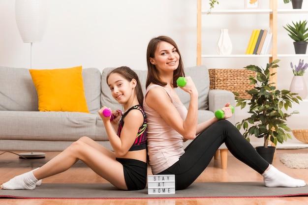 Trening Mamy I Dziewczynki Darmowe Zdjęcia