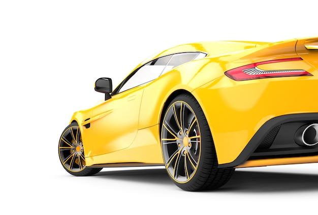 Tylny żółty Luksusowy Samochód Odizolowywający Na Bielu Premium Zdjęcia