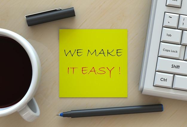 Umieszamy łatwo !, Wiadomość Na Papierze Nutowym, Komputerze I Kawie Na Stole Premium Zdjęcia