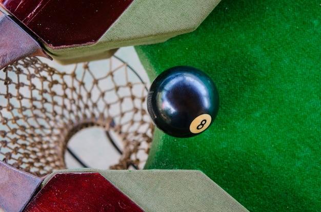 Umieszczenie Kulek Bilardowych Premium Zdjęcia