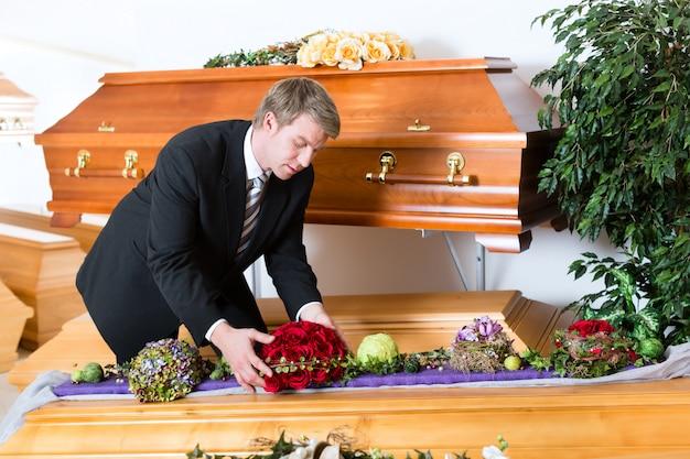 Undertaker W Swoim Sklepie Premium Zdjęcia