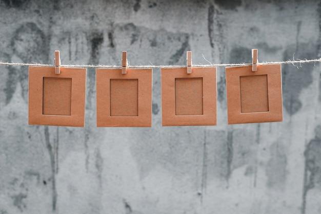 Uwaga Lub Ramki Na Zdjęcia Na Liny I Pincety Abstrakcyjne Tło Premium Zdjęcia