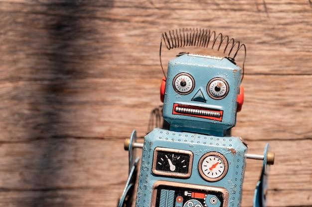 Vintage Robot Zabawka Cyny Premium Zdjęcia