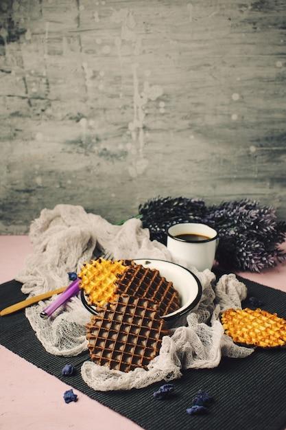 Wafle z polewą czekoladową z kawą Premium Zdjęcia