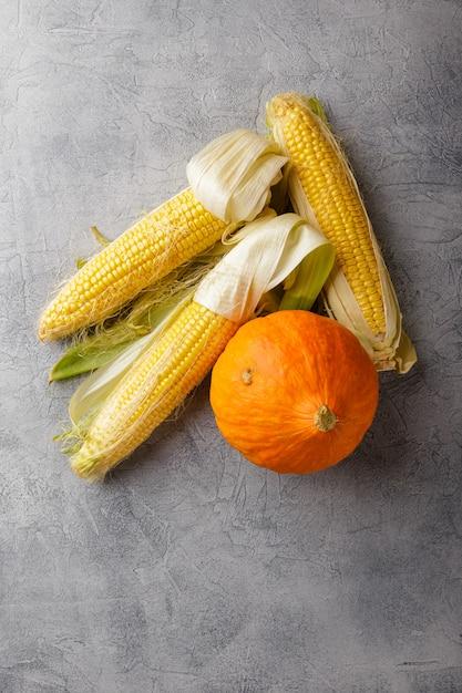 Warzywa kukurydziane i dyniowe Premium Zdjęcia