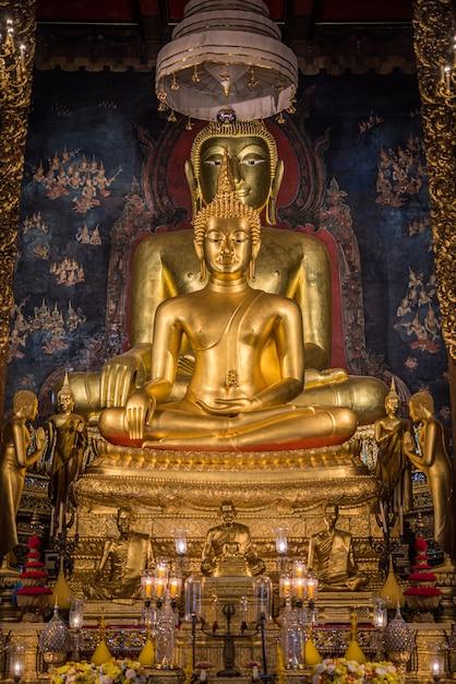 Wat ratchanatdaram i loha prasat (żelazny zamek) Premium Zdjęcia