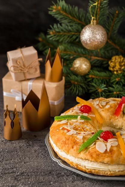 Wesołego Trzech Króli Smaczne Ciasto I Korony Darmowe Zdjęcia