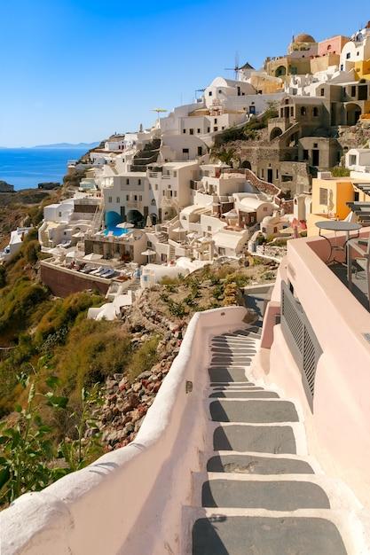 Wiatrak I Białe Domy, Oia, Santorini, Grecja Premium Zdjęcia