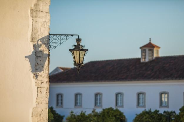 Widok Na Architekturę Na Ulicy Starego Miasta W Faro, Algarve, Portugalia. Darmowe Zdjęcia