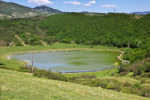 Widok Na Góry I Rzeki, Jvari, Georgia Premium Zdjęcia