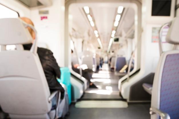 Widok wnętrza nowoczesnego pociągu Darmowe Zdjęcia