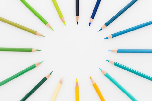 Widok Z Góry Asortyment Kolorowych Ołówków Darmowe Zdjęcia