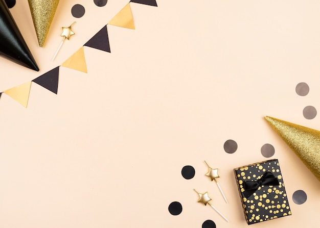 Widok Z Góry Elegancka Rama Dekoracje Urodzinowe Premium Zdjęcia