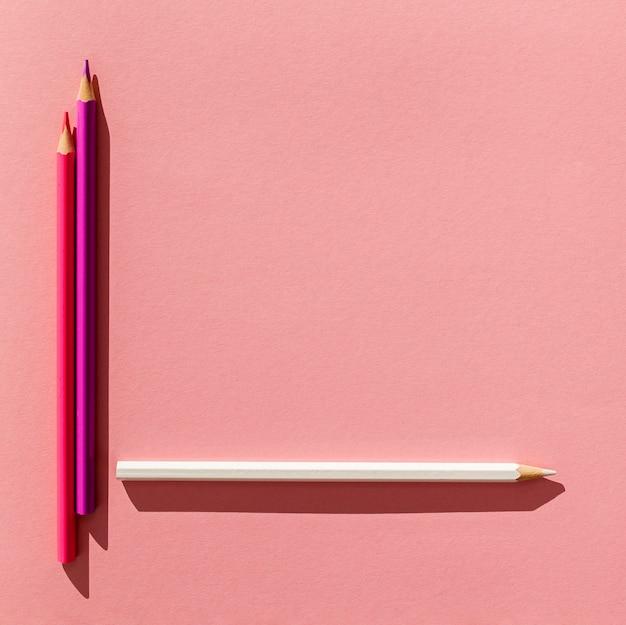 Widok Z Góry Kolorowe Ołówki Układ Darmowe Zdjęcia