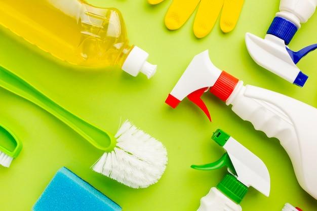Widok z góry kolorowe środki czyszczące Darmowe Zdjęcia