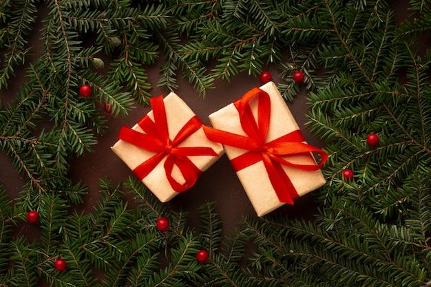 Widok z góry ładne prezenty świąteczne Darmowe Zdjęcia