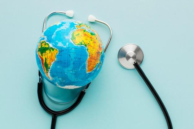 Widok Z Góry Rękawiczki Ze Stetoskopem Darmowe Zdjęcia