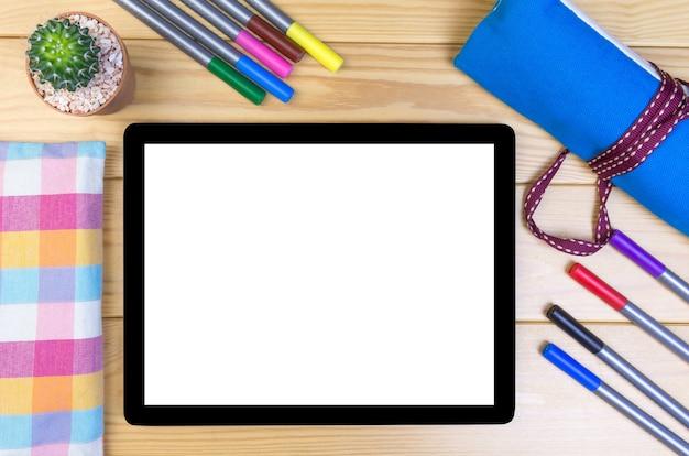Widok Z Góry Stylowe Miejsce Do Pracy Z Laptopem Premium Zdjęcia