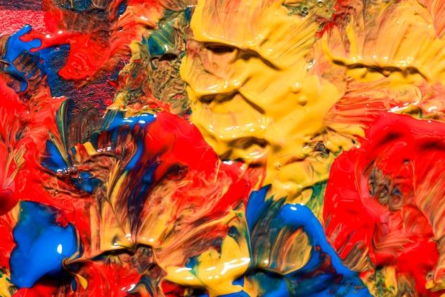 Widok Z Góry Wielobarwnej Farby Na Powierzchni Darmowe Zdjęcia