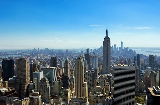 Widok Z Góry Z Lotu Ptaka Panoramę Nowego Jorku Z Góry, Miejskie Drapacze Chmur, Manhattan Gród Premium Zdjęcia