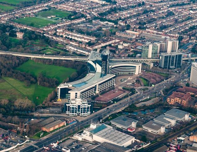 Widok Z Lotu Ptaka Na Korporacyjne Budynki W Zachodnim Londynie, Wielka Brytania Darmowe Zdjęcia