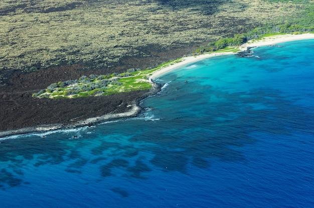Widok Z Lotu Ptaka Na Wyspę Maui, Hawaje, Usa Premium Zdjęcia