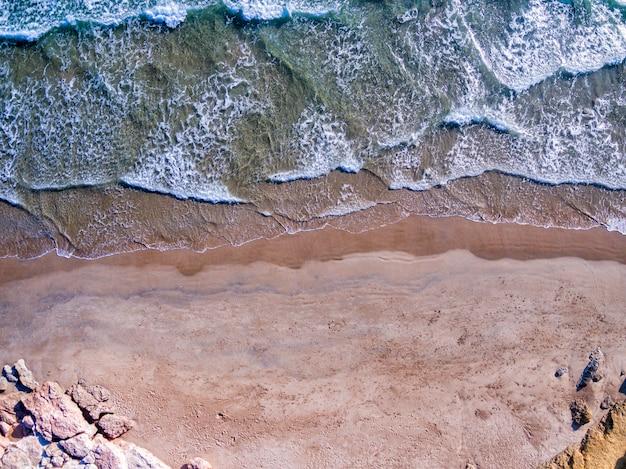 Widok Z Lotu Ptaka śródziemnomorski Wybrzeże Przy Costa Brava, Hiszpania Premium Zdjęcia
