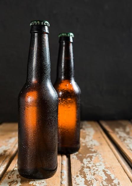 Widok Z Przodu Butelek Szklanych Piwa Darmowe Zdjęcia