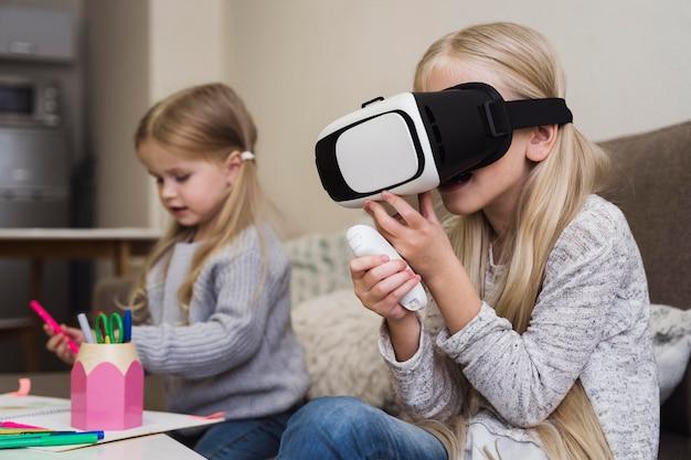 Widok Z Przodu Dzieci W Okularach Vr Darmowe Zdjęcia