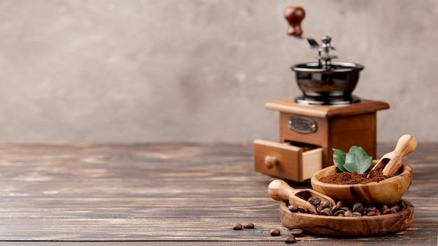 Widok Z Przodu Kawy Z Miejsca Kopiowania Premium Zdjęcia