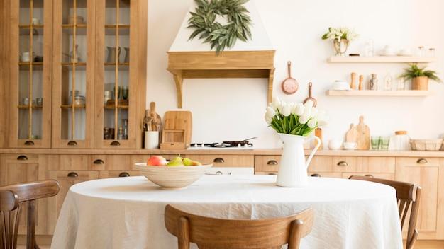 Widok Z Przodu Kuchni Z Rustykalnym Wystrojem Wnętrz Premium Zdjęcia
