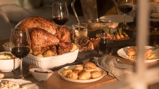 Widok Z Przodu Na Pyszny Posiłek Dziękczynienia Darmowe Zdjęcia