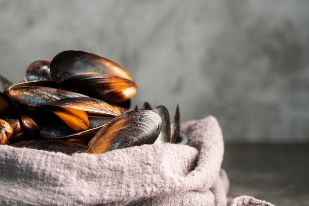 Widok Z Przodu Pyszne Małże Z Owoców Morza Darmowe Zdjęcia